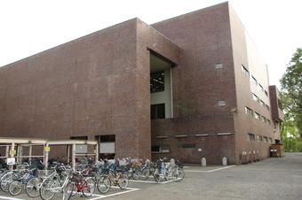 所沢市立所沢図書館