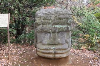 笑える石像